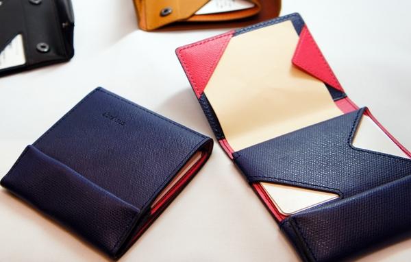 【デメリットも解説】アブラサスの薄い財布を正直にレビューします。